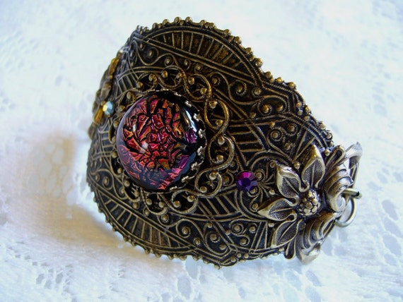 Red Sizzle Dichroic Victorian Bracelet