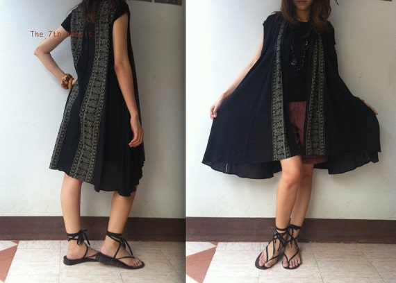 Lovely Fall..Flowy Rayon Cardigan with Egypt Printed in Black