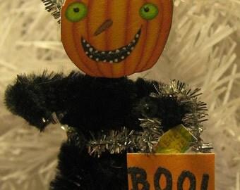Handmade HALLOWEEN Trick or Treat PUMPKIN Ornament