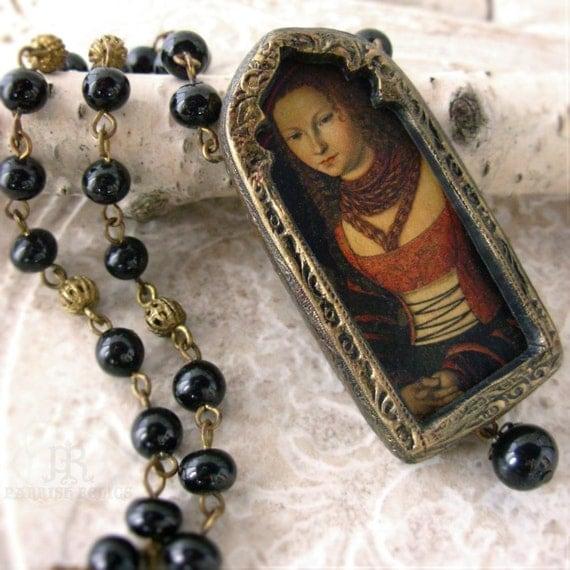 Cranach Portrait Arch - Pictorial Necklace