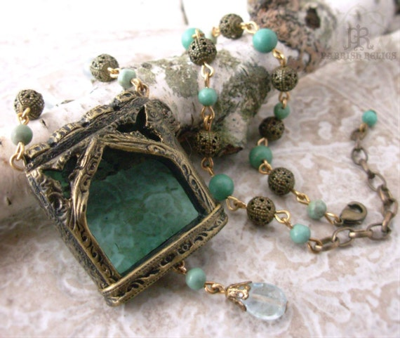 The Countess of Salisbury  - Stained Glass Window Necklace