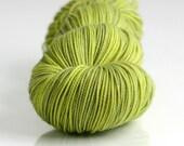 Toxic, SOCK Yarn Superwash Merino, Semi-Solid