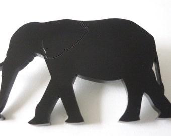 Elefant-Brosche