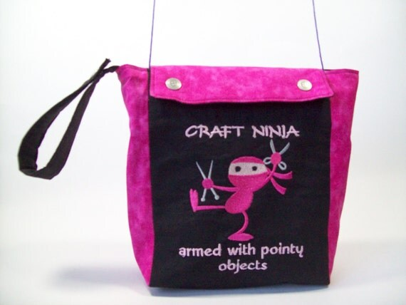 Craft Ninja Knitting Project Bag in Hot Pink and Black with Yarn Guides