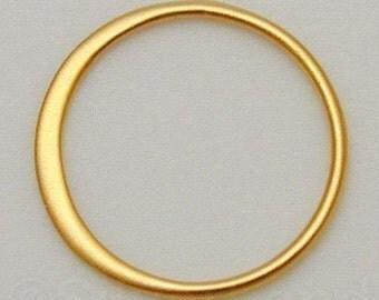 2pcs - Medium Vermeil Style Circle Hammered Link, 16 x 16 x 0.5 mm -- (SLKGS2405)