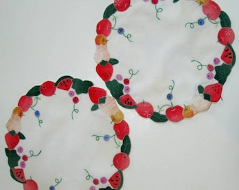 Vintage Doily Table Topper Fruit Applique Pink Green Set of Two