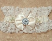 Bridal Wedding Garter Set, Keep and Toss bridal, lace garter, Vintage
