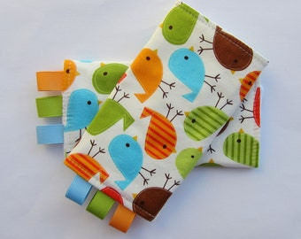Sucking Pads - Drool Pads - Fits all Baby Carriers - Birds in Bermuda