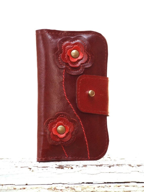 Leather Wallet for iPhone 4, 4s iPhone 5 Case Wallet / Patent Pomegranate Red Leather