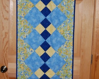 Antiquarian Double Four Patch Table Runner