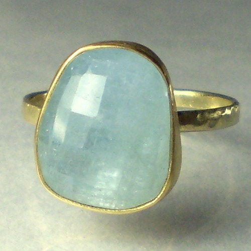 Faceted Aquamarine Cabochon Ring 22k And 14k Solid Gold