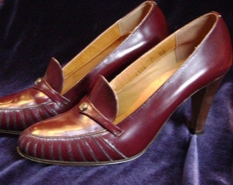 REDUCED Vintage Etienne Aigner heels,  Burgundy Brown, Leather, Stacked heels, size 7, Cordovan, Classic Comfort Business Pumps, Italy
