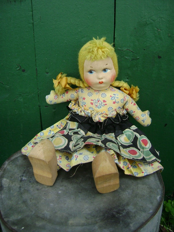 Vintage Dutch Girl Wooden Shoes Cloth Doll1940s Lenci Look