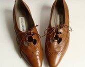 shoes size 7.5 / toffee brown leather wingtip heels / oxford wingtip heels / gillie lace feels / made in Italy