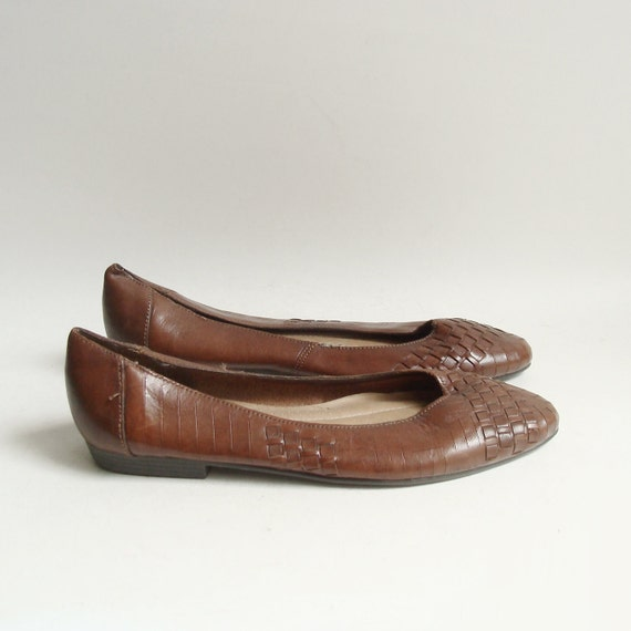 shoes 5.5 / brown leather flats / woven leather flats / shoes size 5.5 / vintage shoes