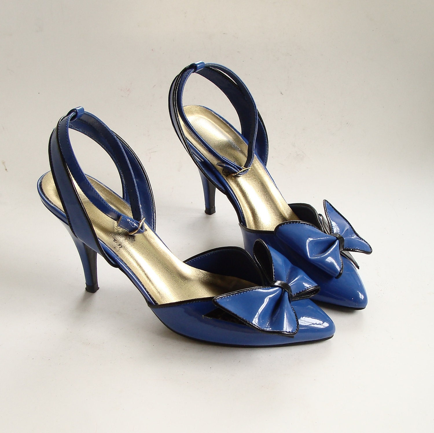 blue heels with bow on back