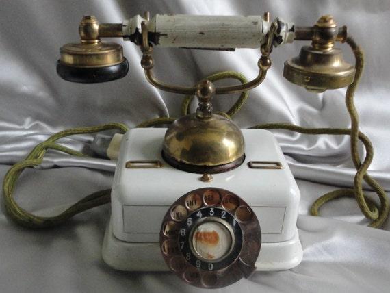 Antique  KJOBENHAVNS TELEFON AKTIESELSKAB telefone circa 1800's