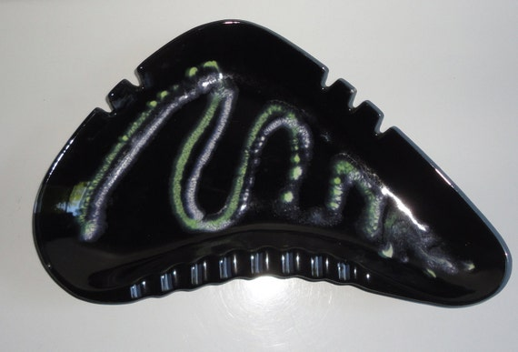 Royal Haeger Black Ceramic Boomerang Astray. Large Ashtray.