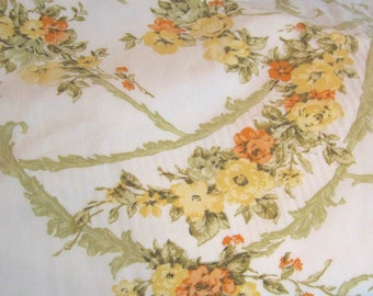 "Vintage Flat Sheet 115"" X 90"" Romantic from Stevens Utica"