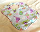 Toddler/Baby Bib in Birdie Reverse to Pink Minky