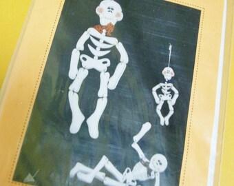Halloween Tole Painting Pattern | Skeleton in Three Sizes