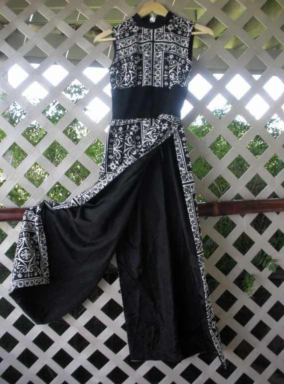 Spectacular 1970s Tiki Tropical Hostess Gown - XXS