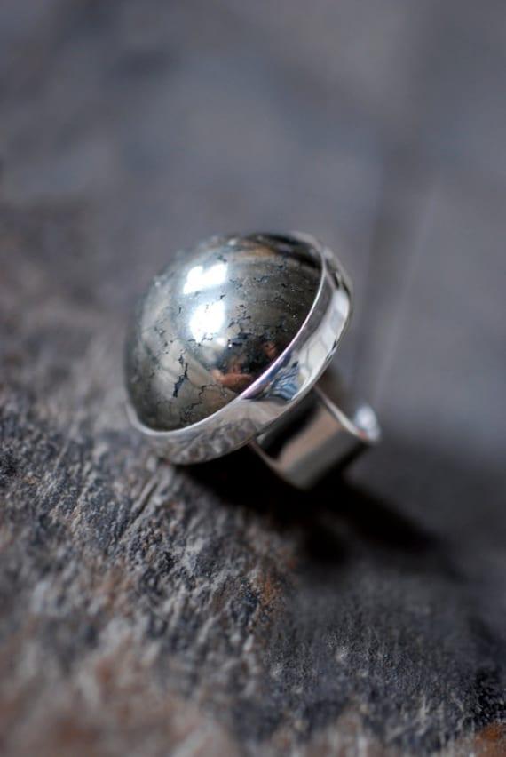 Speculum Ring