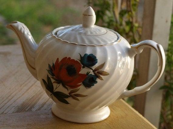 Ellgreave English Tea Pot