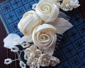 Vintage Bridal Hair Comb White Millinery Flowers and Pearls