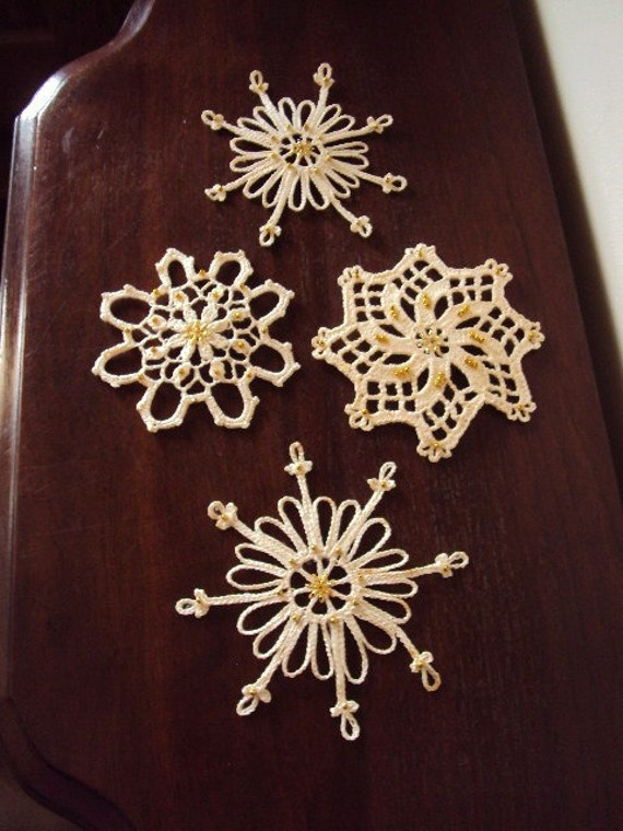 Vintage Christmas Crocheted Lace Snowflake Ornaments