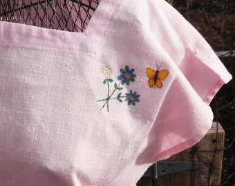 CLEARANCE Vintage 1970s Pink Linen Shirt Boho Floral and Butterfly Top M/L