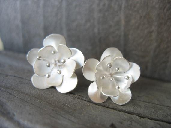 Sterling Silver Buttercups Flowers post earrings