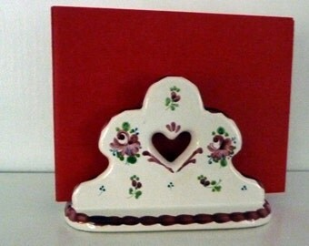 Letter holder with cutout heart