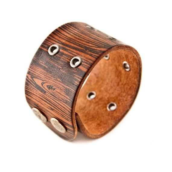 SALE Men's Leather Cuff Wood Pattern Grain Faux Bois
