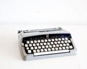 Vintage Wizard Truetype Typewriter