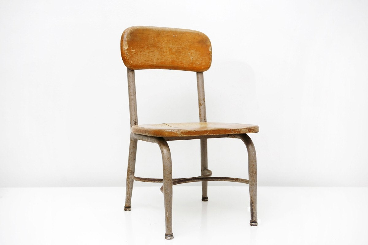 Vintage Heywood Wakefield Childrens Chair by BrightWallVintage