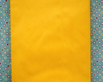 Set of 100 - Yellow Flat Paper Merchandise Bags - 6.25 x 9.25 Inches - Gifts, Packaging, Retail
