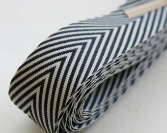 Chevron Twill Herringbone Ribbon - Black and White 3/4 Inch Width - Packaging and Gift Ribbon