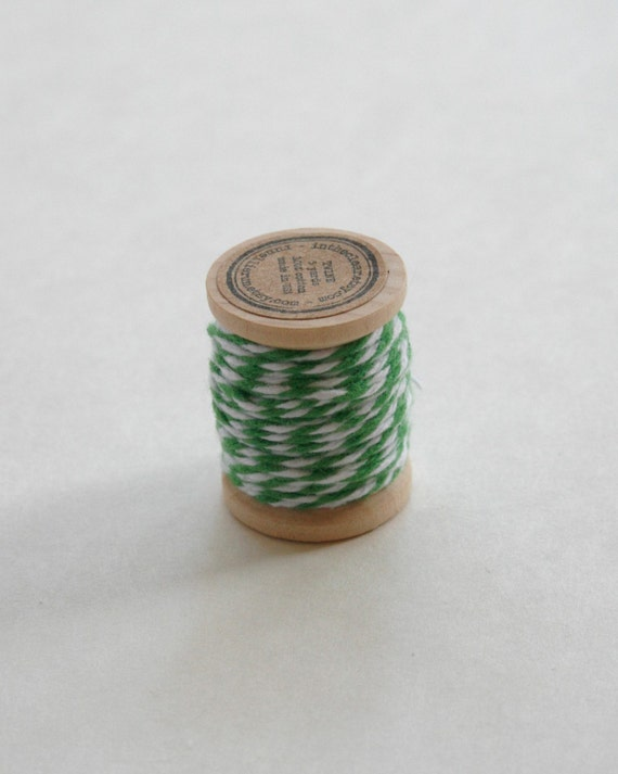 Baker's Twine on Wooden Spool - 5 Yards - 4 Ply Cotton Made in USA - Peapod Green