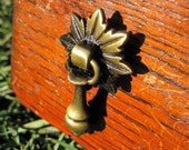 Drawer Pull in Antique Brass with Maple Back Plate (RTG06)