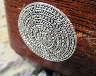 Round Drawer Knob - Cabinet Knob in Silver Metal with Rope Pattern (MK106S)