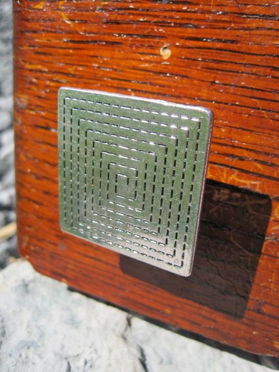 Drawer knob - Decorative Knob Square with Geometrical Pattern in Silver Metal (MK105)