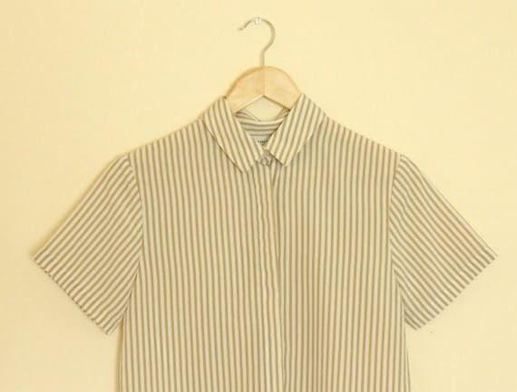 PARALLEL THOUGHTS Tan & White Striped Short Sleeve Button up Shirt S/M