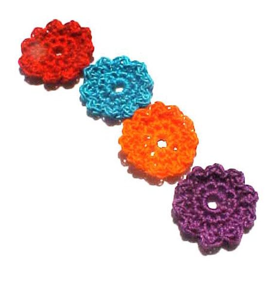 Set of 4 cotton crochet flower motifs