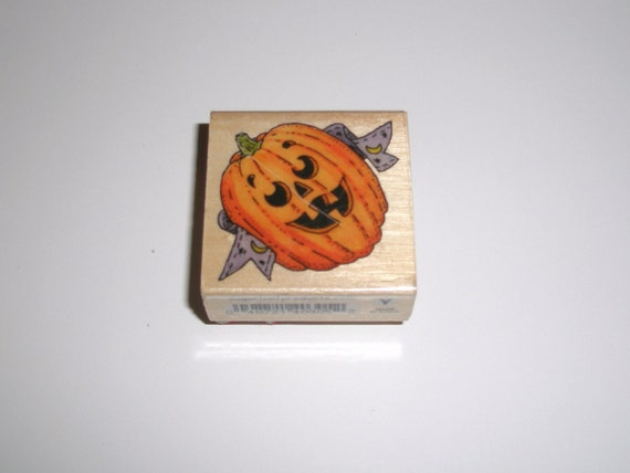 GRINNING JACK O LANTERN Wood Mounted Rubber Stamp