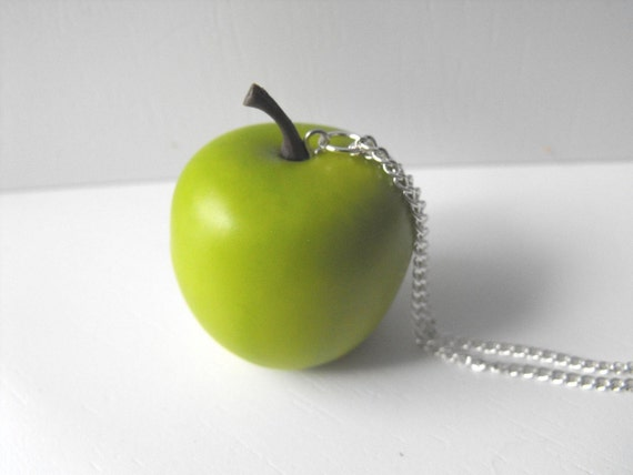 Petite Pomme Green Granny Smith Apple Necklace