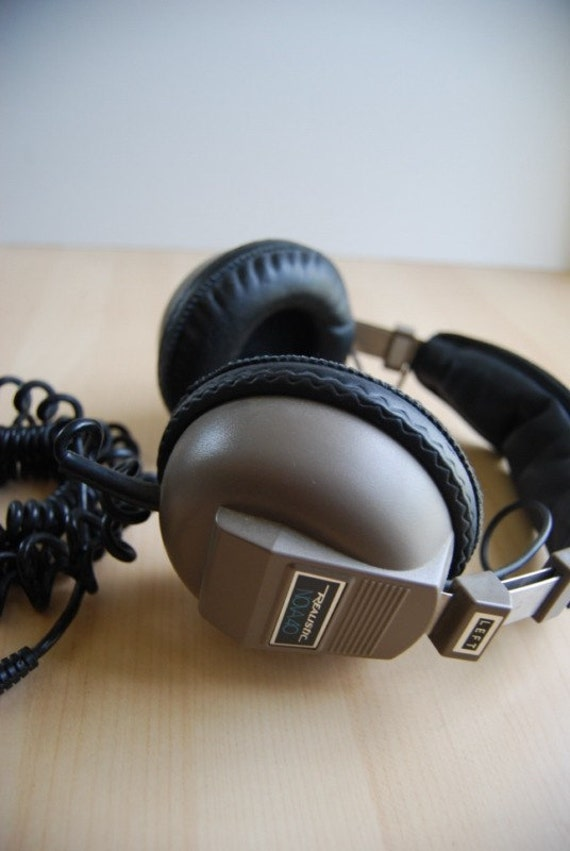 Vintage Headphones Realistic Nova 40 Audio Equipment By