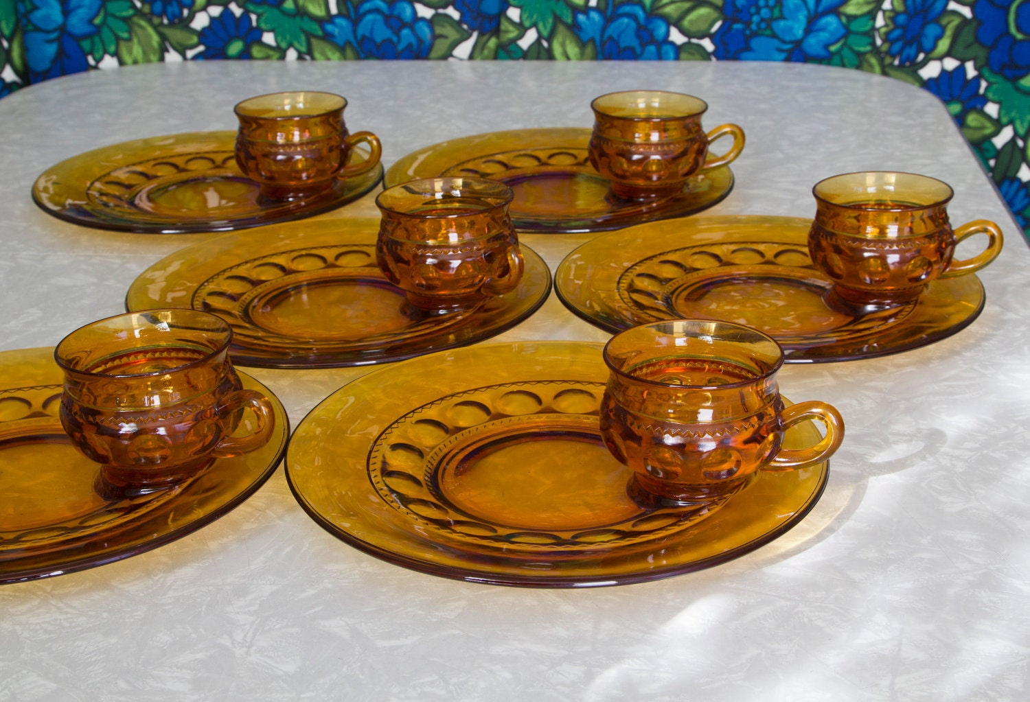 Amber glass snack sets with plate and teacup kings crown