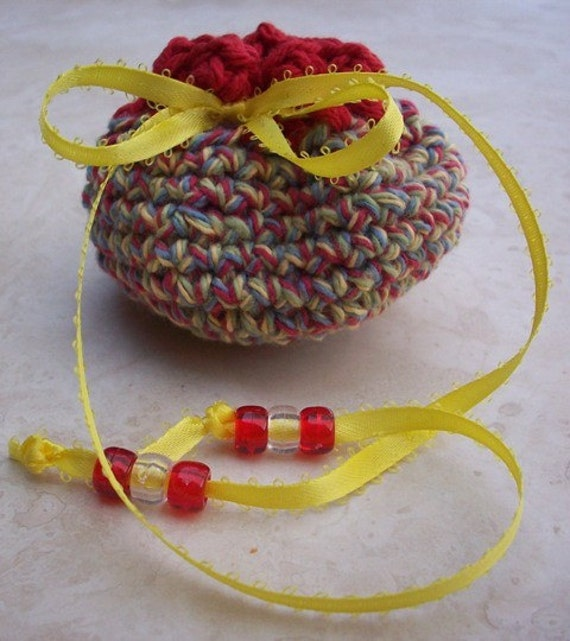 Crocheted Cotton Drawstring Pouch (100 Yen Pouch) in Country Tweed and Red