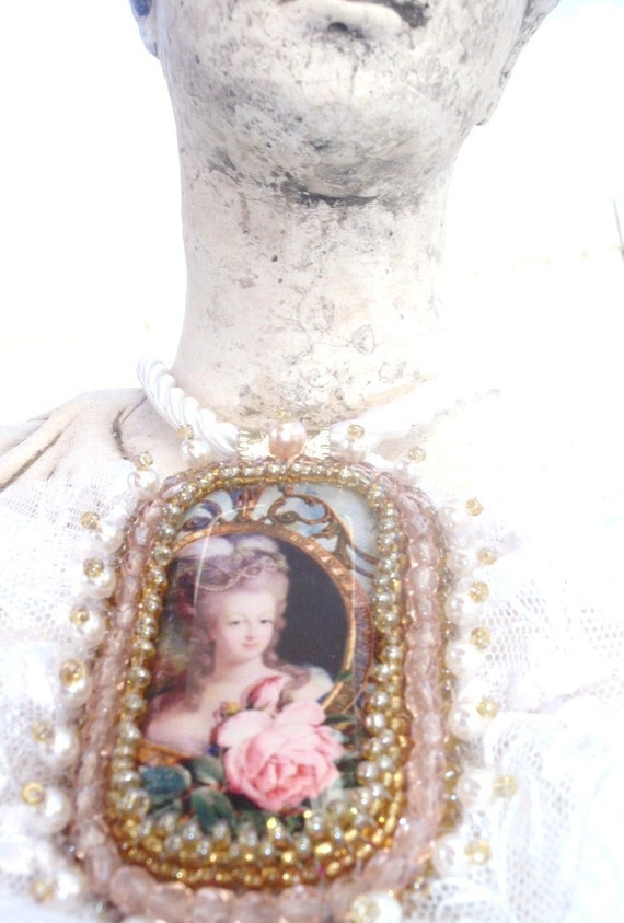 Marie Antoinette Bridal  necklace - Shabby Chic lace and gold - vintage inspired